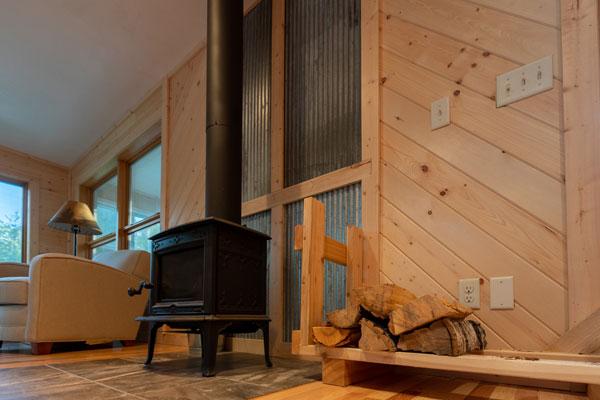Revontulet Cabin at Camp Northern Lights